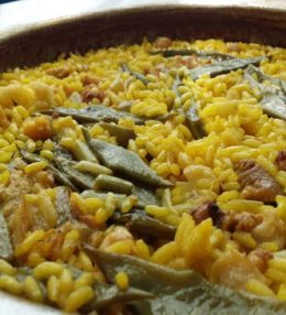 Paella con heura y verduras